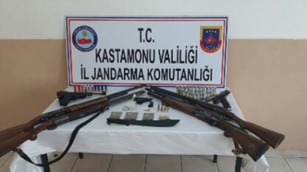 Kastamonu'da uyuşturucu operasyonlarında 13 kişi tutuklandı