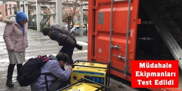Tosya'da deprem konteynırı kontrol edildi