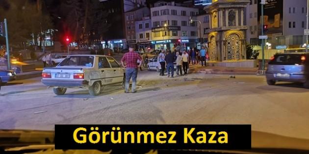 Şehir Merkezinde Kaza Ucuz Atlatıldı