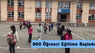 Tosya'da 900 öğrenci yüz yüze eğitime başladı