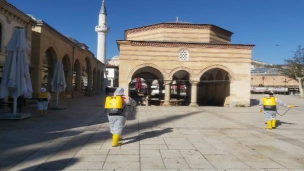 Kastamonu Belediyesi, dezenfekte ve vektör mücadelesi çalışmalarını sürdürüyor