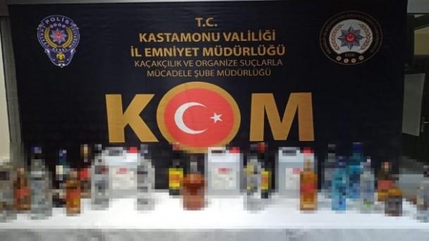 Sahte içkileri satmaya çalışan 2 kişi gözaltına alındı