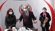Başkan Kavaklıgil; 8 Mart Kadınlar Gününü Karanfil İle Kutladı