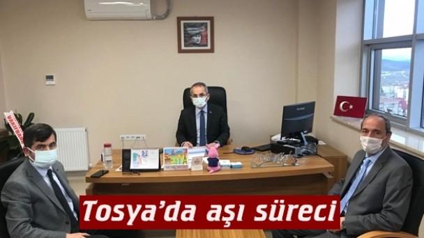 Kaymakam Deniz Pişkin, Tosya'da aşı sürecini değerlendirdi
