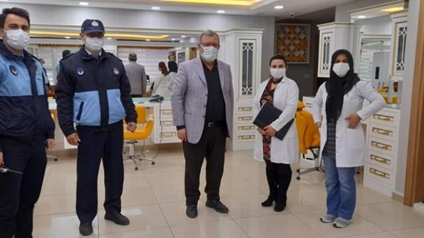 Tosya Berberler ve Terziler Odası İşyerlerinde Pandemi Denetimi Yaptı