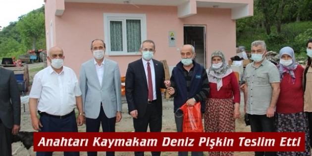 Tosya Kaymakamlığı hasta vatandaşa ev yaptı
