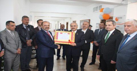 Kırgızlardan Belediye Başkanı Kazım Şahin'e Teşekkür