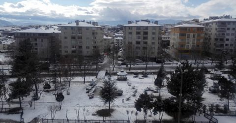Tosya Halkı Güne Karla Uyandı